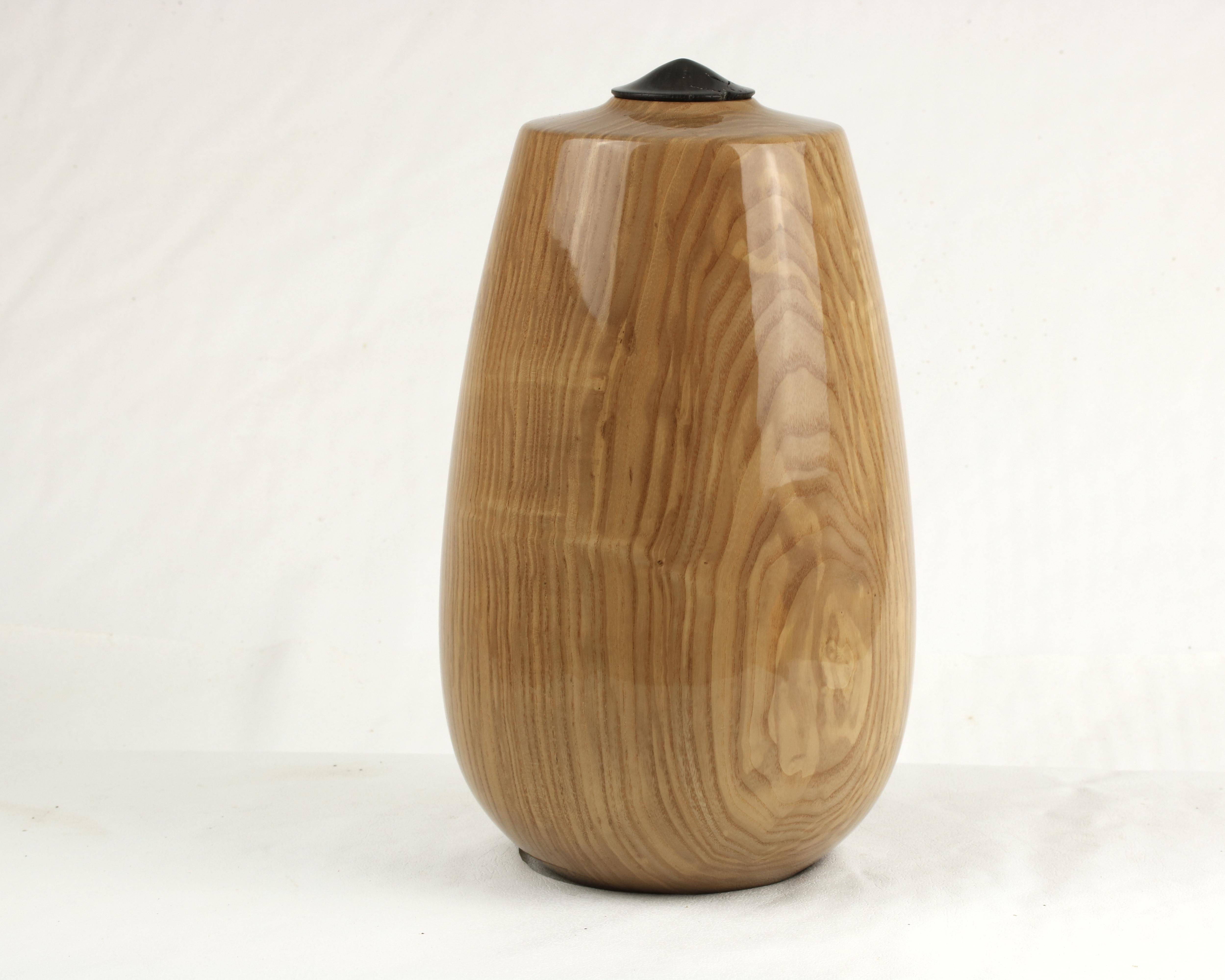 Olive Ash & Bog Oak