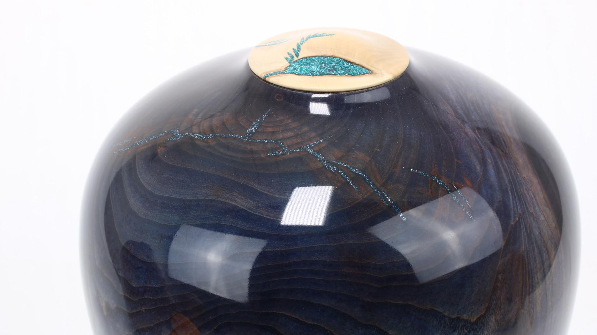 Coloured Ash Crotch Single Urn